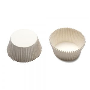 200 WHITE BAKING CUPS 27 X 17 MM